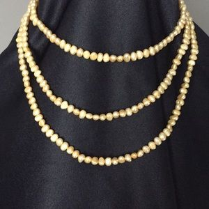 Jewelry - Yellow/Gold authentic freshwater strand of pearls